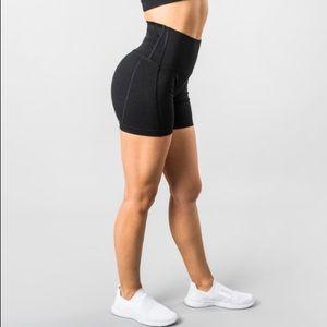 Alphalete Revival R6 shorts